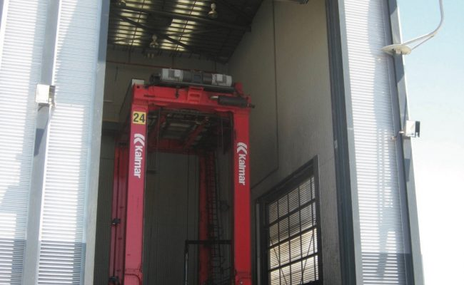 steel-4-leaf-fold-up-doors-2