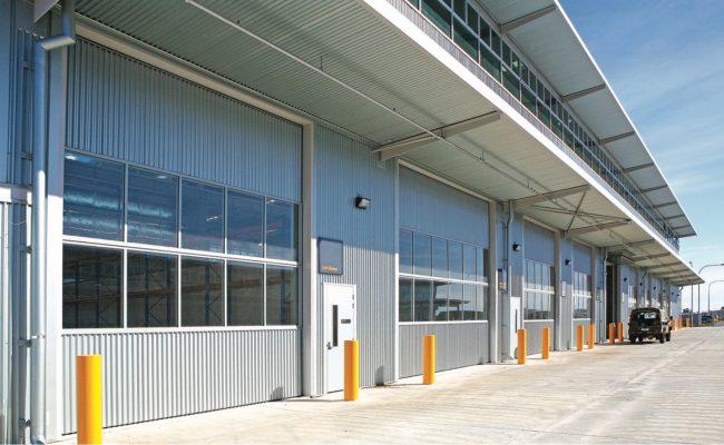 hangar-fold-up-door-2