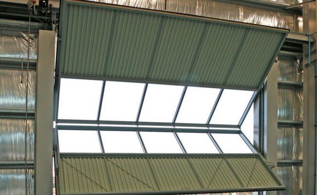 hangar-fold-up-door